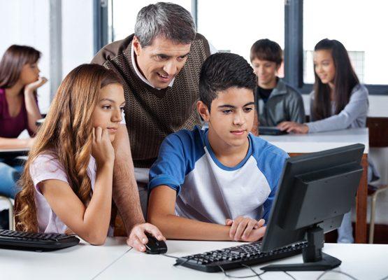comunicação escolar-pais e alunos professores