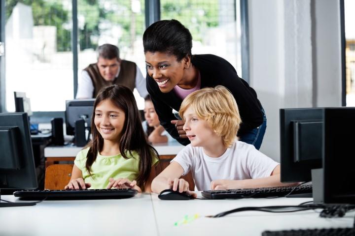 Como engajar alunos através das mídias sociais