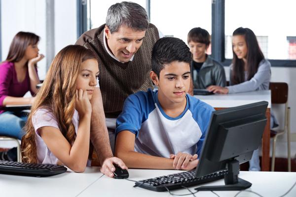 A integração entre professores, diretores e alunos
