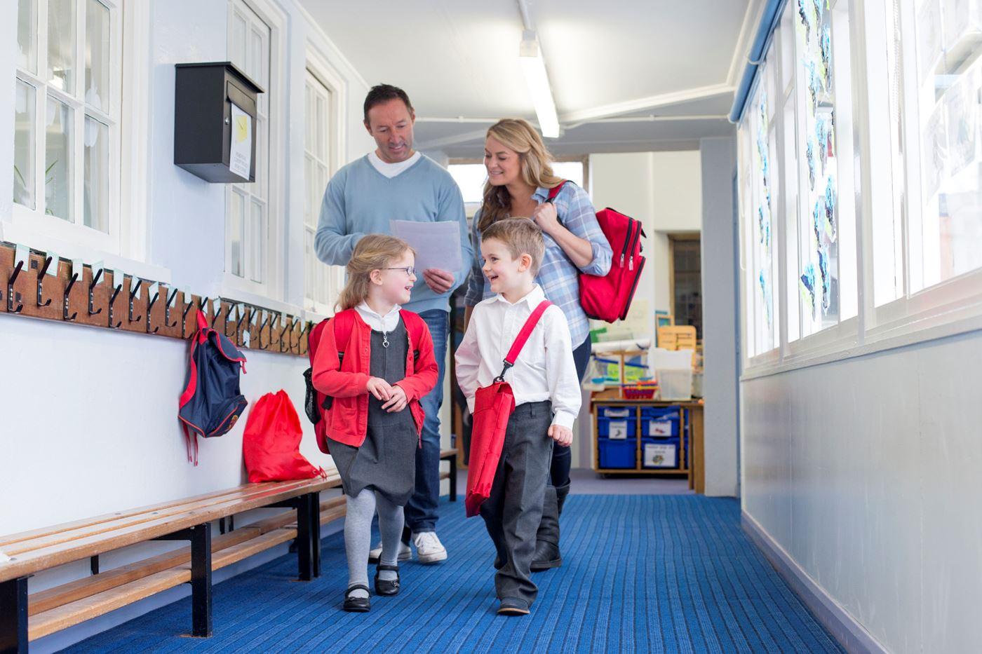 O que os pais levam em consideração ao escolher a escola dos filhos?
